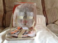 Picnic bag and contents never used brand new £10 can deliver if local call 07812980350