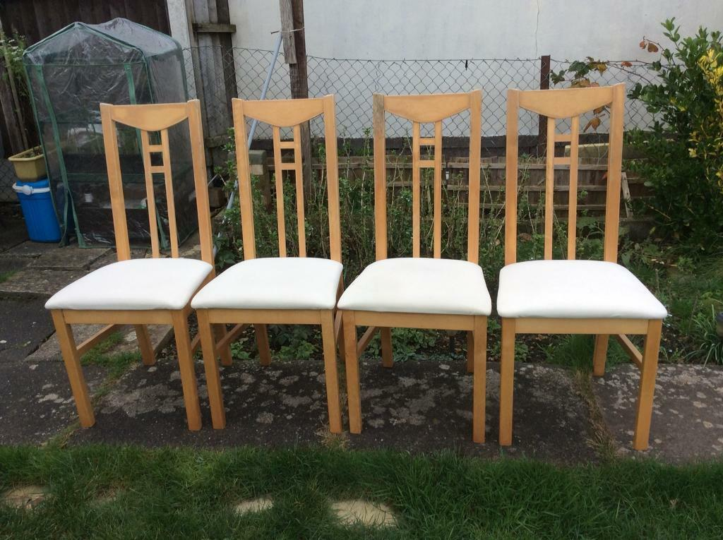 A set of 4 Lovely Dining Chairs