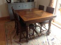 Solid oak extendable dining table & 4 chairs