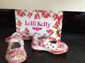Little girls shoes 10 pairs