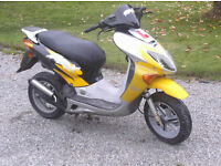 honda 49cc two stroke twist and go scooter 12 months mot with no advisorys