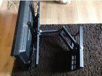 Toshiba 32 inch lcd tv with Freeview and remote control large wall bracket