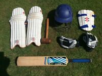 Cricket Equipment youth / Boys ( age 10 to 13 ish )