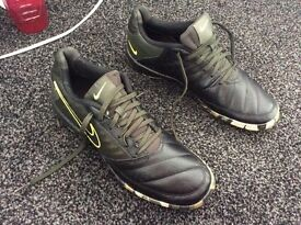 Nike Gato 2 Black Army Green Neon Trainers size 7