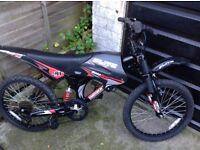 Boys Moto Flite Dual Suspension Cycle 6 speed (age 5-8