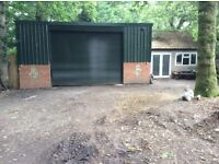 WORKSHOP/STORAGE, SELF CONTAINED UNIT TO RENT WITH PARKING £600pcm