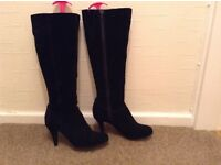 Ladies Suede Black Boots Size 5