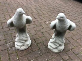 Concrete garden pair of eagle ornaments