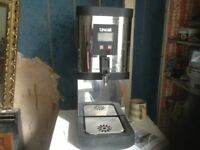Water urn,works off 240 volts,£145.00