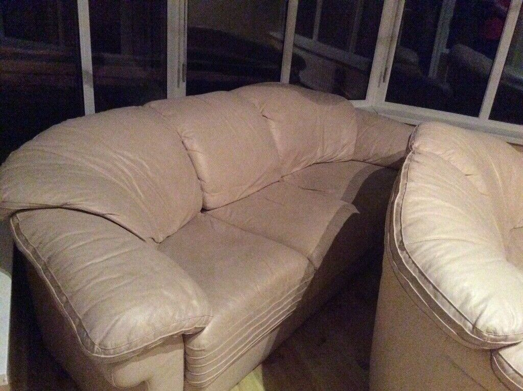 3 And 2 Cream Leather Sofas Free If Collected 1st Thing On Tuesday Morning In Lisburn County Antrim Gumtree