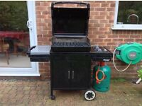 A WEBER SPIRIT GAS BARBECUE THAT WILL SAVE YOU HUNDREDS OF £££'S OVER THE COST OF A NEW ONE!!