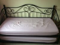 3FT Single Black Metal Day Bed with Trundle