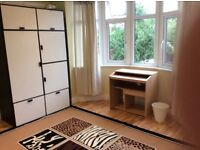 NEWLY RENOVATED DOUBLE BEDROOM in DOLLIS HILL 550.-