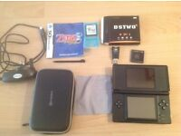 Nintendo DS lite with DSTWO 4 in 1 super card and Zelda phantom hourglass