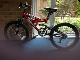 Childs bike (Make: Magna) Wheel Size 16; Suitable for 6-10 Yr Old £39