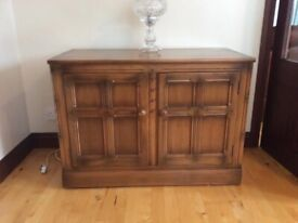 Dining table, drinks cabinet, side board