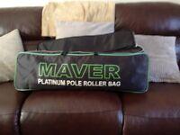 MAVER PLATINUM DOUBLE POLE ROLLER BAG.