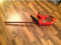 Black and Decker cordless hedge trimmer GTC610P