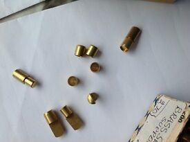 Brass shelf supports