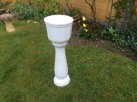 White jardiniere top perfect base slight crack