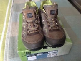 KARRIMOR LADIES WALKING SHOES