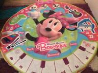 Bundle of Minnie Mouse items