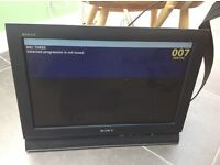 Sony Bravia 16 inch tv with wall hanger bracket and aerial booster