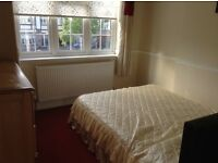 2 Double rooms to let in Chingford