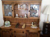 Olde Court Dresser