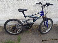 Boys bike age 7-10