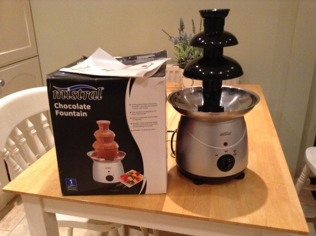 Mistral Chocolate Fountain Excellent Condition In Didcot