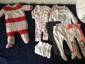 Bundle of girls' clothes 3-6 months