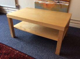 Oak Coffee Table great condition inc under-shelf 90x55x45cm