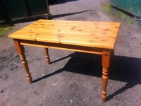 Rectangular solid pine dining table in great solid and sturdy condition