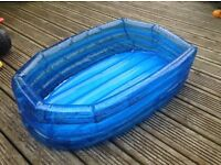 Boat-shaped paddling pool suitable for 1yr and under