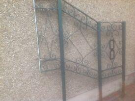 Wrought iron railing/handrail for garden steps