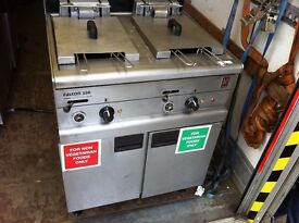 CATERING COMMERCIAL TWIN TANK FRYER CAFE KEBAB CHICKEN FAST FOOD RESTAURANT KITCHEN PUB BAR