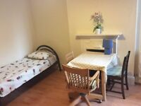 Fabulous double room just off the High Road Chiswick W4