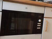 AEG integrated Microwave