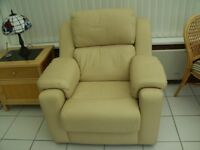 A SUMPTUOUS CREAM LEATHER ARMCHAIR IN IMMACULATE CONDITION. COLLECTION ONLY ASTON VILLAGE STEVENAGE.