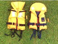 Two kids CE Lifejackets