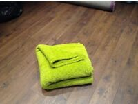 "Blanket ""teddy bear"" style, warm and comfy"