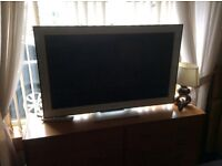 """Sorry it's a46"""" Sony Bravia tv need gone to make room price drop £450 cracking TV"""