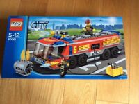 Lego city large fire engine 60061 -brand new