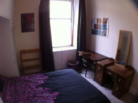 Double Bedoom availabe now for Short Term Let