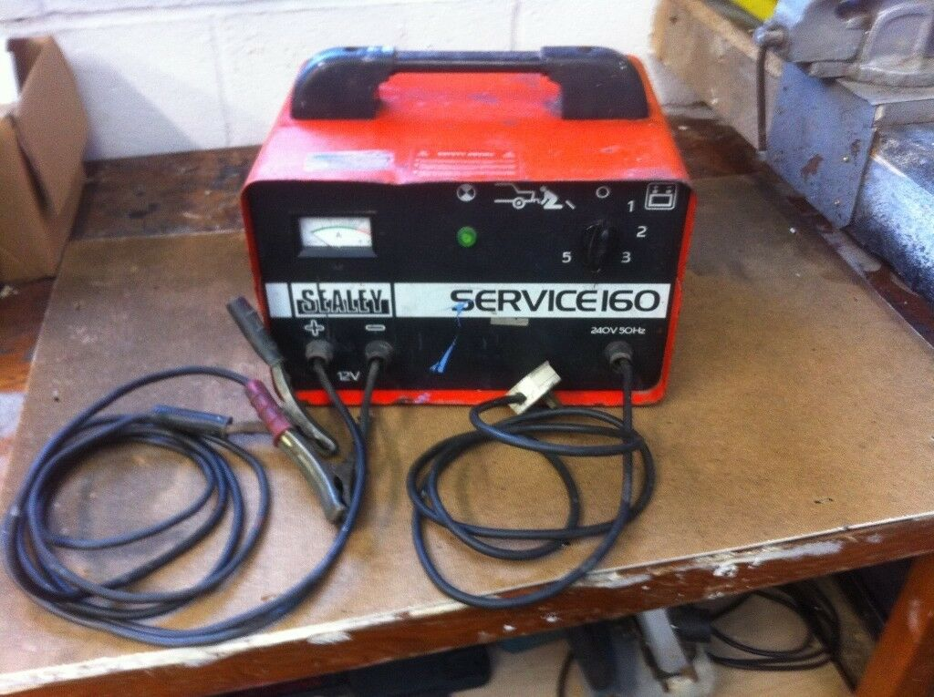 Sealey Service 160 Car Battery Charger And Jump Starter