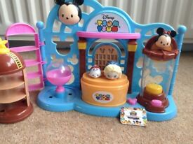 Tsum Tsum playset and figures