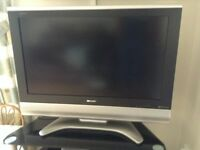 Sharp Aquos LC-32GD8E 32in LCD TV