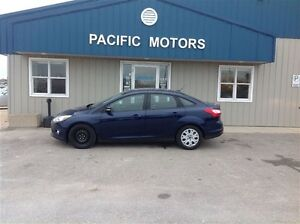 2012 Ford Focus SE-FINANCING AVAILABLE-CLEAN HISTORY REPORT
