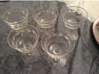 Beautiful vintage 1920s cocktail glasses: 5 in total